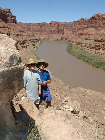 Cataract Canyon Hike