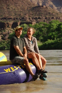 greenriver_coupleboatlook_wre
