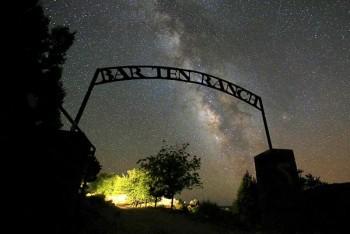 grand-canyon-ranch-bar10sign-night