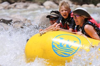 desolation-canyon-utah-rafting-whitewater-smiles