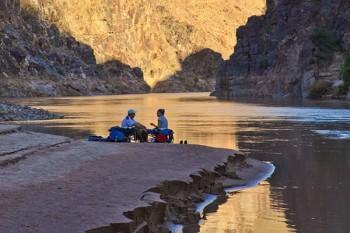 grand-canyon-lower-camp-beachside