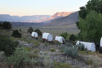 grand-canyon-ranch-wagons-sunrise