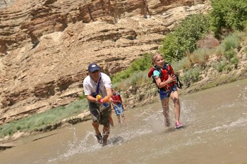 desolation-canyon-utah-rafting-waterguns