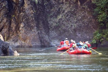 rogue-river-rafting-peaceful